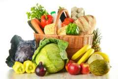 Вкусные рецепты: крылья под горчицей, Куриный суп по-венгерски, салат с сердцем